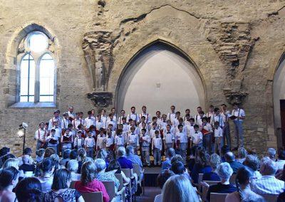 Závěrečný koncert Pueri gaudentes 24.6.2019 - Anežský klášter. Pohled na koncertní sbor.
